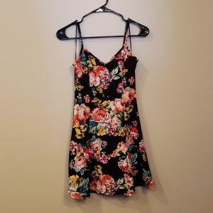 NWOT Floral Strappy Skater Dress M